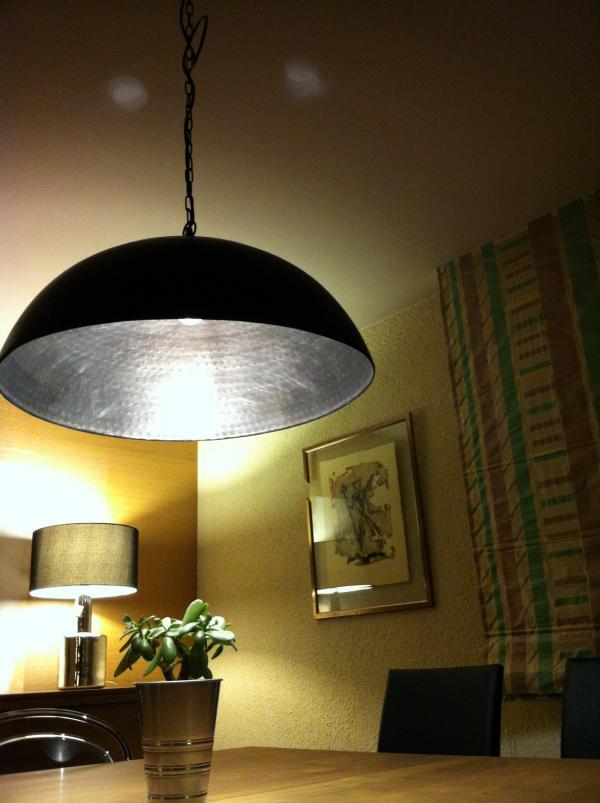 Lámpara de techo metálica Komais