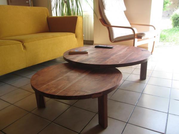 La mesa de centro Estocolmo con doble tablero le da un toque escandinavo a su habitación, super.