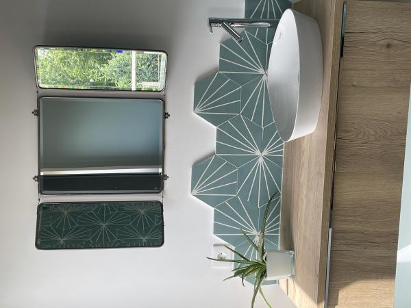 Espejo de pared con solapas