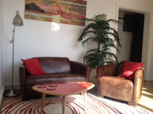 Red Baron sofá y sillón para una alegre y cómoda sala de estar!