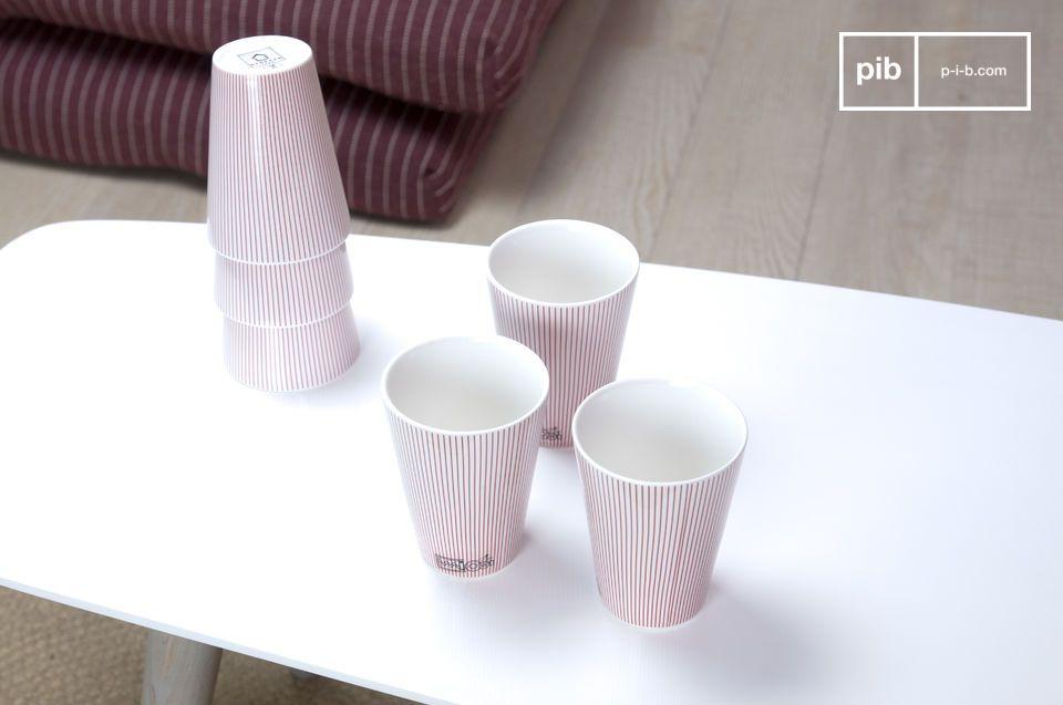 Este juego de 6 elegantes y limpias tazas de porcelana le darán a su mesa un sobrio y sofisticado