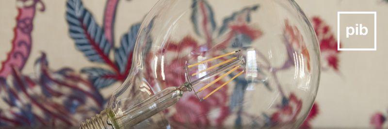 Antigua colección de bombillas de diseño vintage industrial