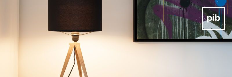 Antigua colección de lámparas de mesa