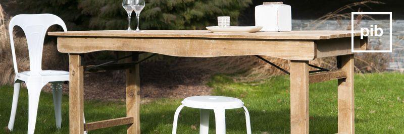 Antigua colección de mesas rusticas shabby chic