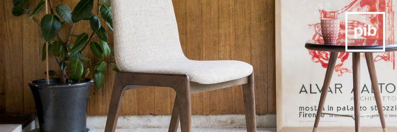 Antigua colección de sillas modernas escandinavas