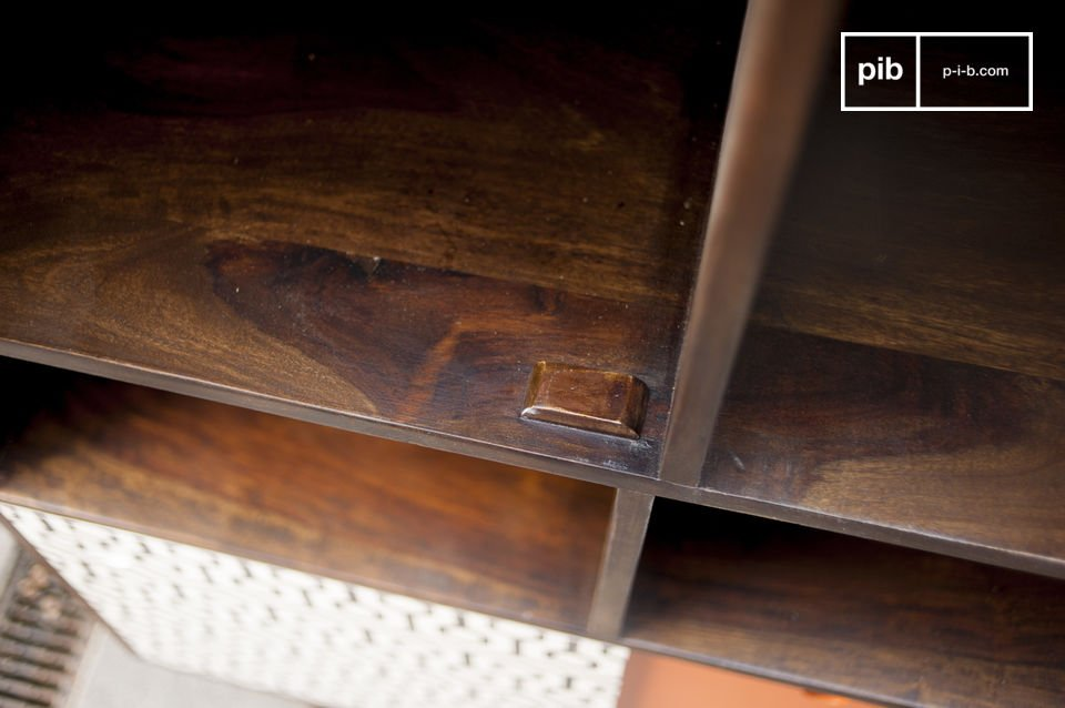 Con sus bellas líneas y color vintage escandinavo el Aparador Londress es más que un simple mueble