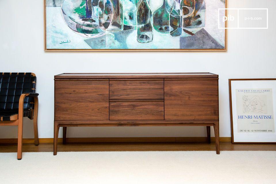 Su forma versátil también lo convierte en un elegante mueble para TV