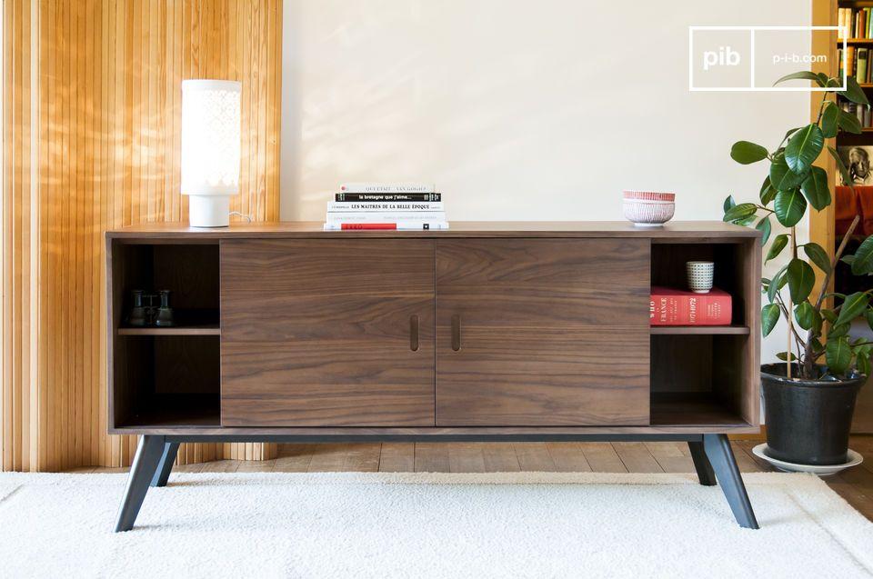 Elegancia de una madera noble, así como grandes volúmenes de almacenamiento