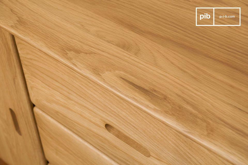 Opte por una unidad de almacenamiento que combine la gran tranquilidad de madera clara con líneas