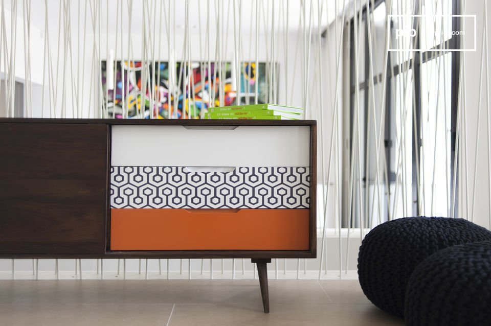 El aparador Londress es el típico mueble escandinavo debido a su madera natural