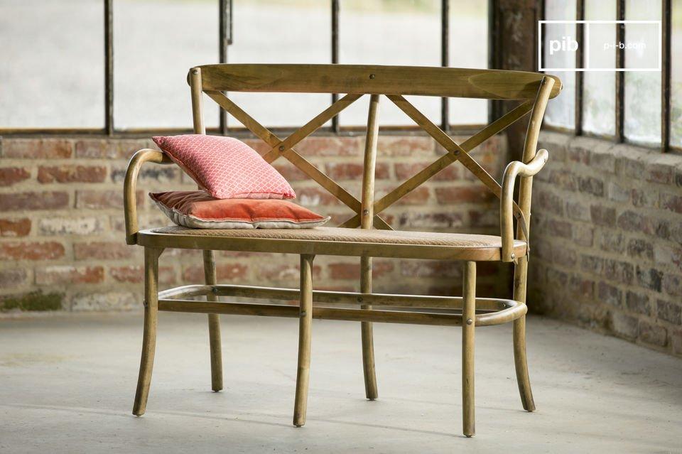 En su casa o en un espacio público, esta silla dará un toque retro en cualquier sitio