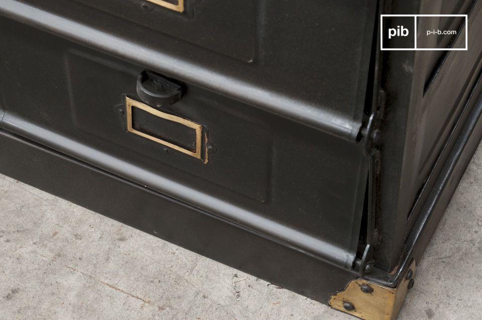 Este mueble de taller es un diseño industrial totalmente vintage que le añadirá a su interior