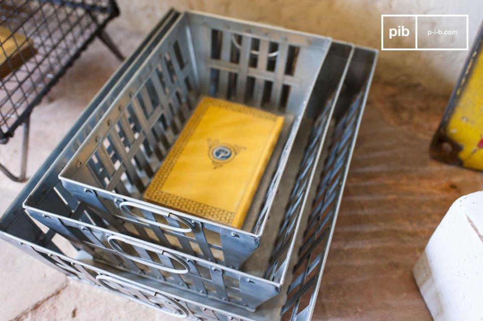 Estas cajas de metal Triple Pack ofrecen mucho espacio de almacenamiento y al mismo tiempo le darán