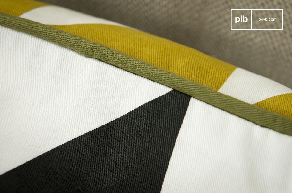 Algodón 100% orgánico, hermosos diseño con triangulo amarillos y negros.
