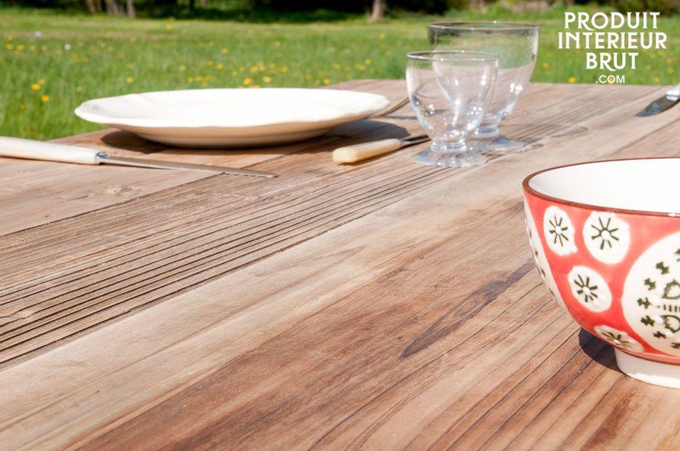 Esta mesa es una excelente opción: práctica, estética y llena de carácter
