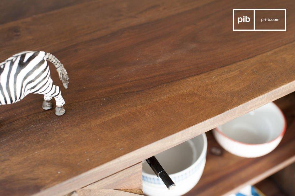 Un mueble ideal para su vajilla u otros objetos pesados