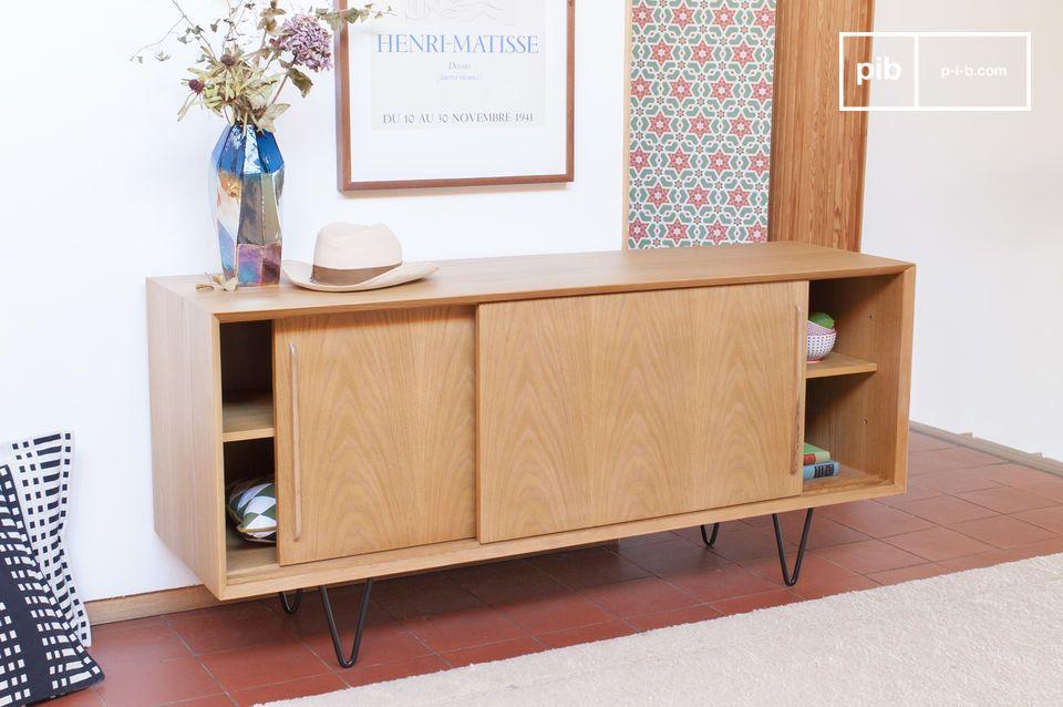 Este mueble de roble claro es adecuado para todo tipo de diseño de interiores