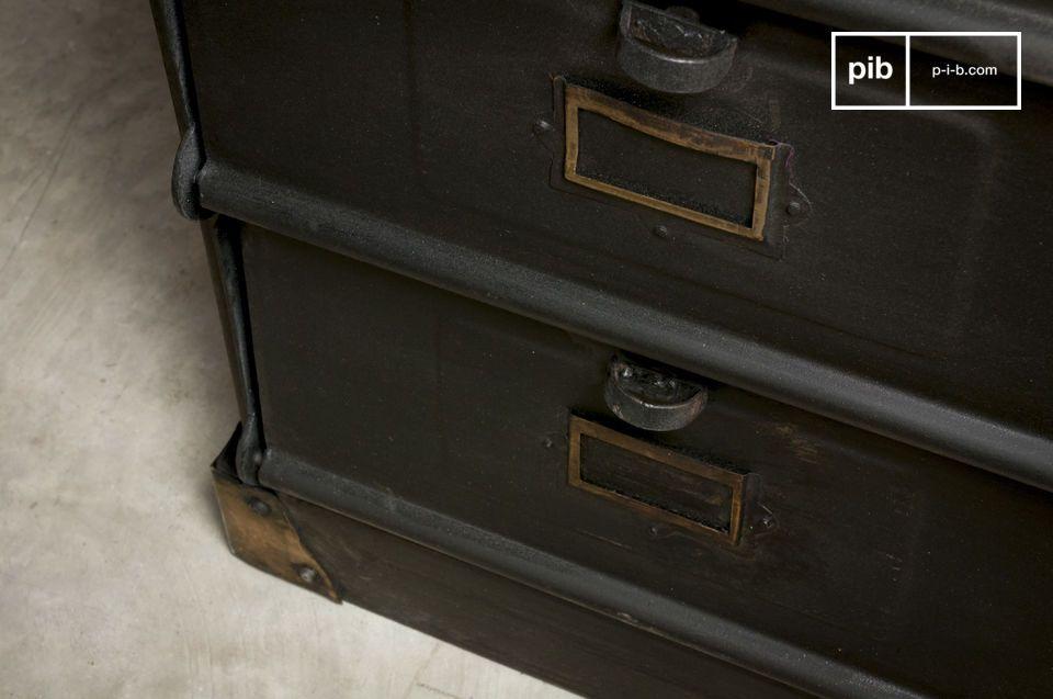 Una unidad de almacenamiento con un estilo vintage industrial que le dará todo el estilo a su