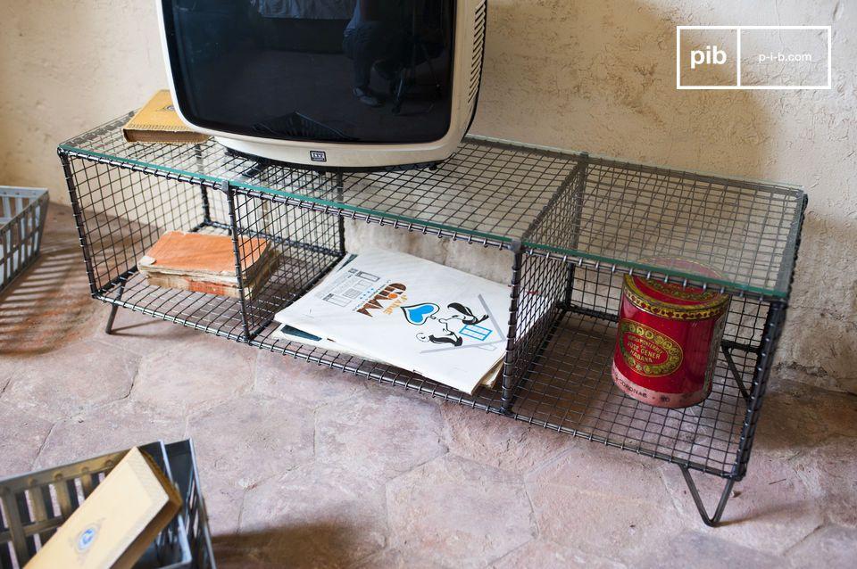 La consola de TV Ontario es un bello ejemplo de un diseño industrial retro, práctico y original