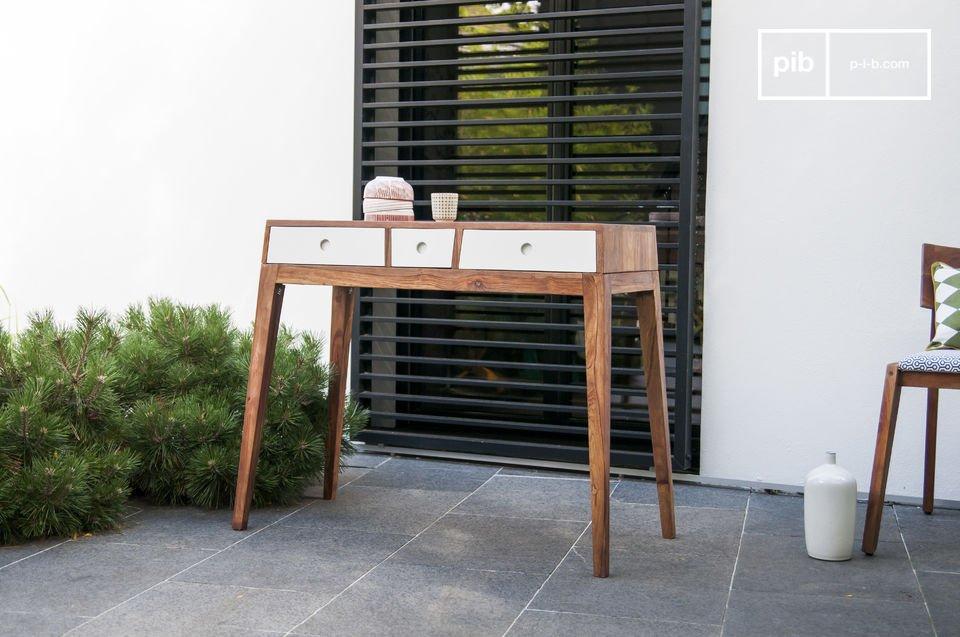 La consola de almacenamiento Naröd un mueble vintage muy original y de alta calidad