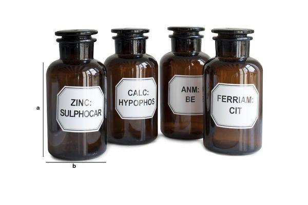 Dimensiones del producto Cuatro botellas de Boticario