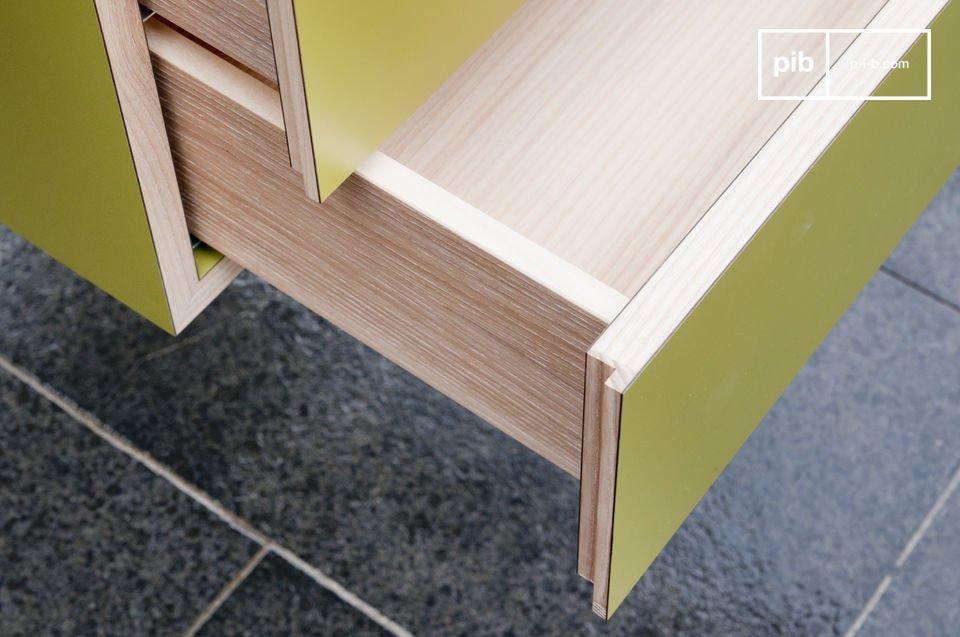 Este escritorio escandinavo tiene elegantes líneas rectas con dos cajones muy prácticos