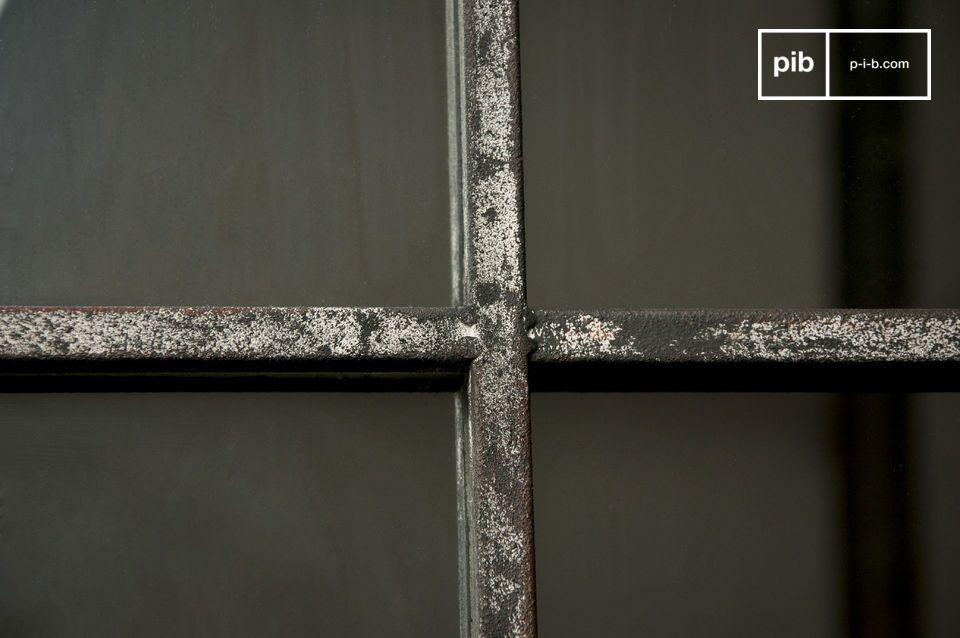El espejo cuadrado de 9 secciones es un accesorio decorativo que enriquece su interior