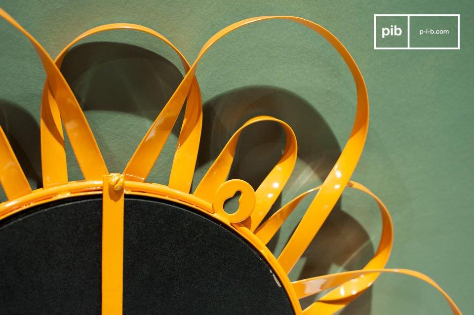 El espejo Aurinko es un digno representante del diseño escandinavo de la segunda mitad del siglo 20