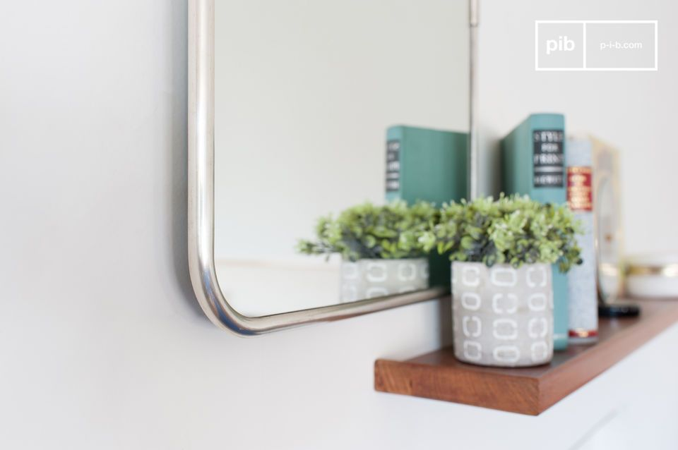 Espejo rectangular de gran belleza