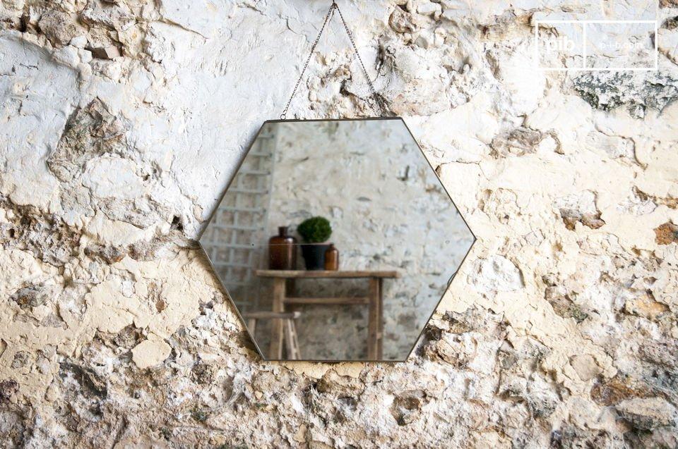 Un espejo lleno de encanto vintage