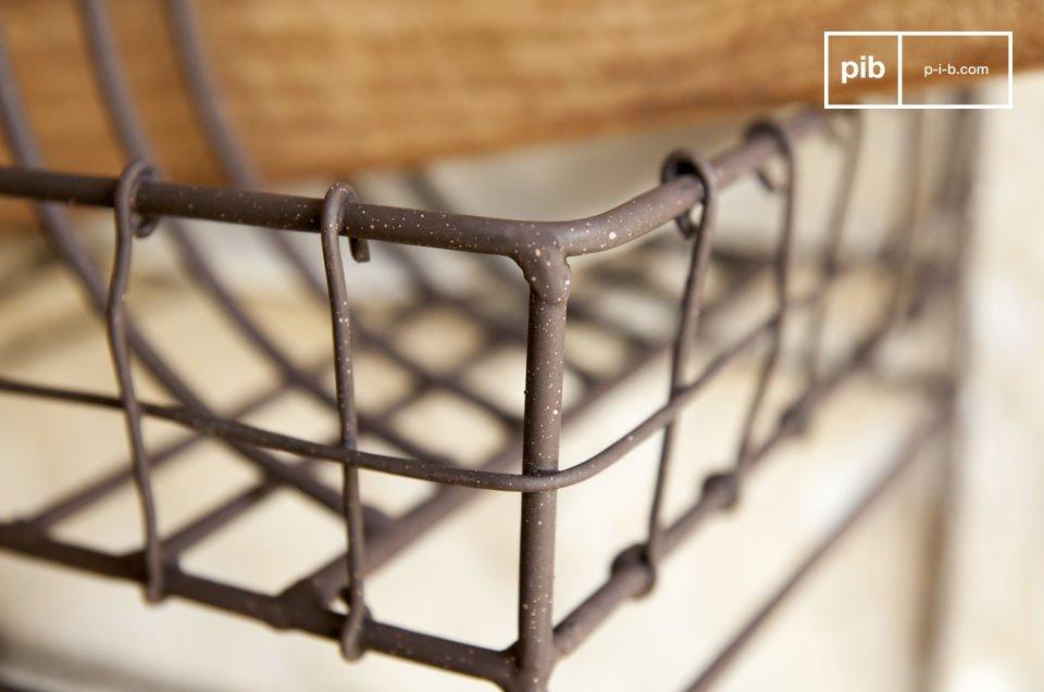 La estantería de pared Melina está diseñada totalmente de metal