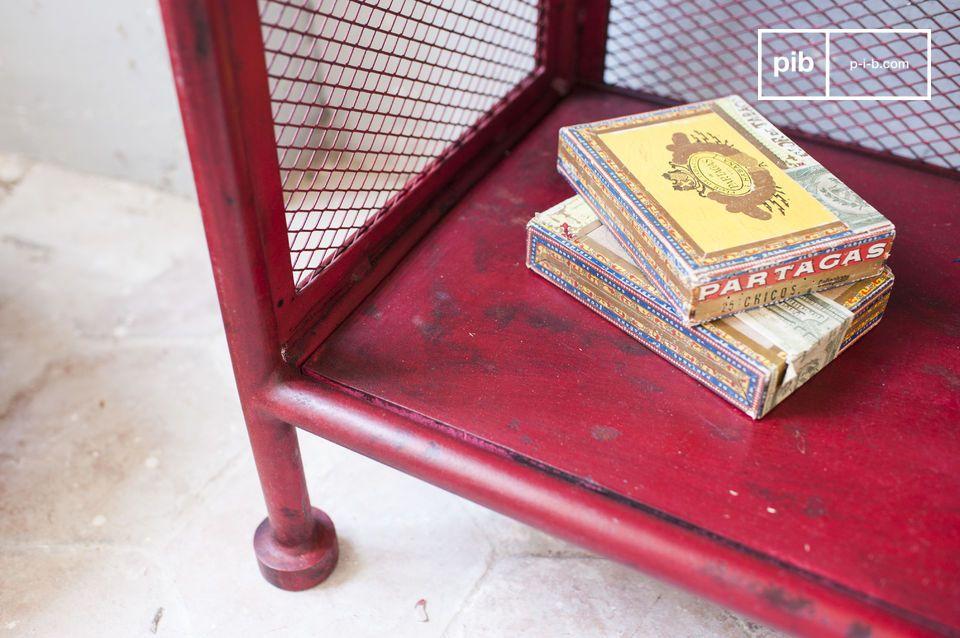 Esta pieza seguramente añadirá un toque de estilo industrial vintage a su interior