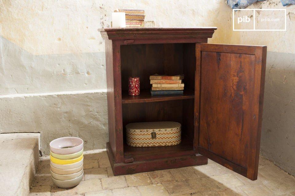 El gabinete Enéa es una joya dentro de las piezas de mobiliario cuyo propósito es ordenar