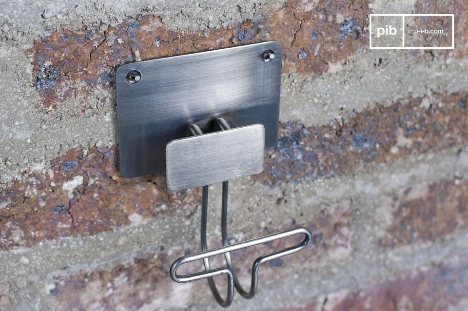 Ganchos de metal austeras que le darán un toque del estilo vintage a sus paredes