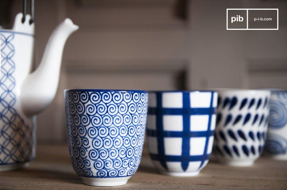 El juego de té Hivana incluye una tetera y cuatro tazas sin asas
