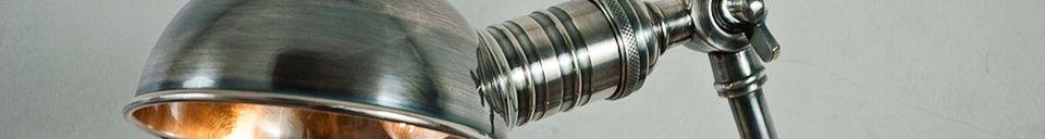 Descriptivo Materiales  Lámpara articulada plateada