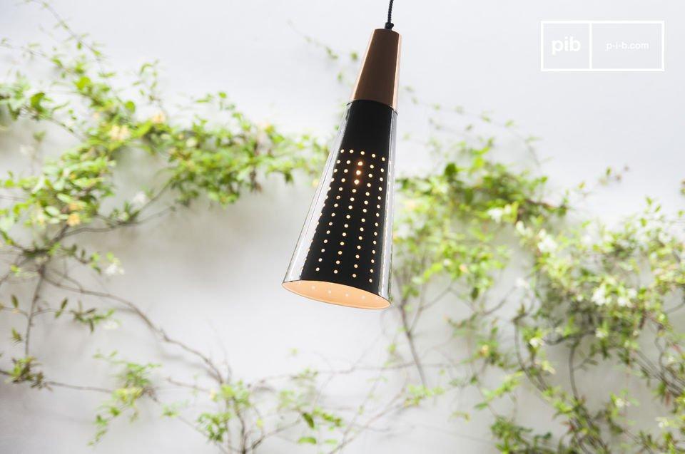 Hermosa lámpara con una suave luz