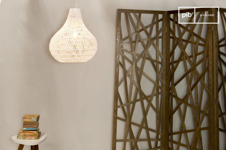 Delicada iluminación con una hermosa estructura a base de tejidos con hilo