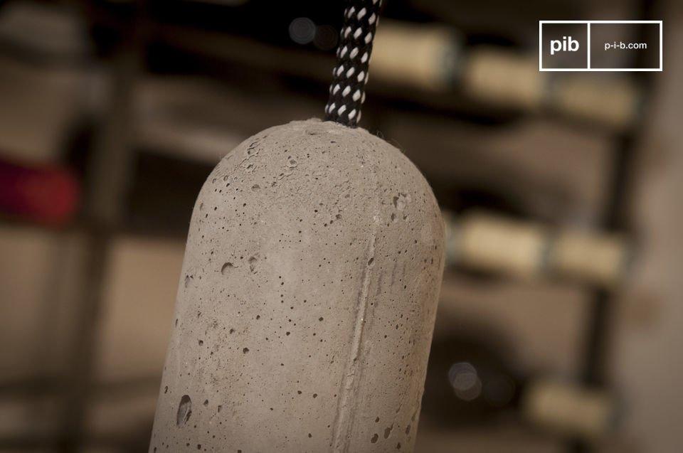 Esta lámpara puede adaptarse fácilmente a la altura del techo
