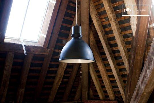 Lámpara colgante de fábrica edición negra
