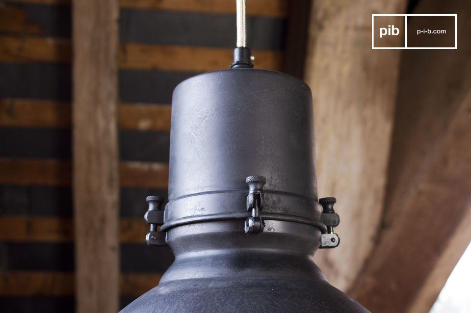 Lámpara de techo con todo el estilo industrial