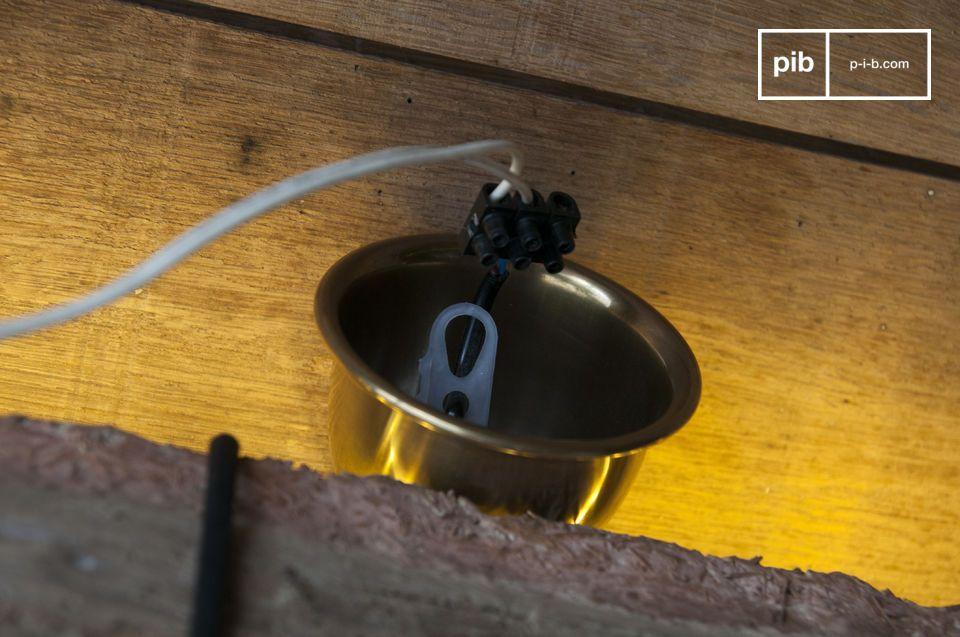 Una lámpara colgante industrial para un estilo en bruto con un estilo minimalista chic