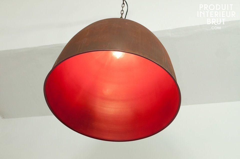 Un poco de fantasía con esta lámpara realmente industrial!Totalmente de metal