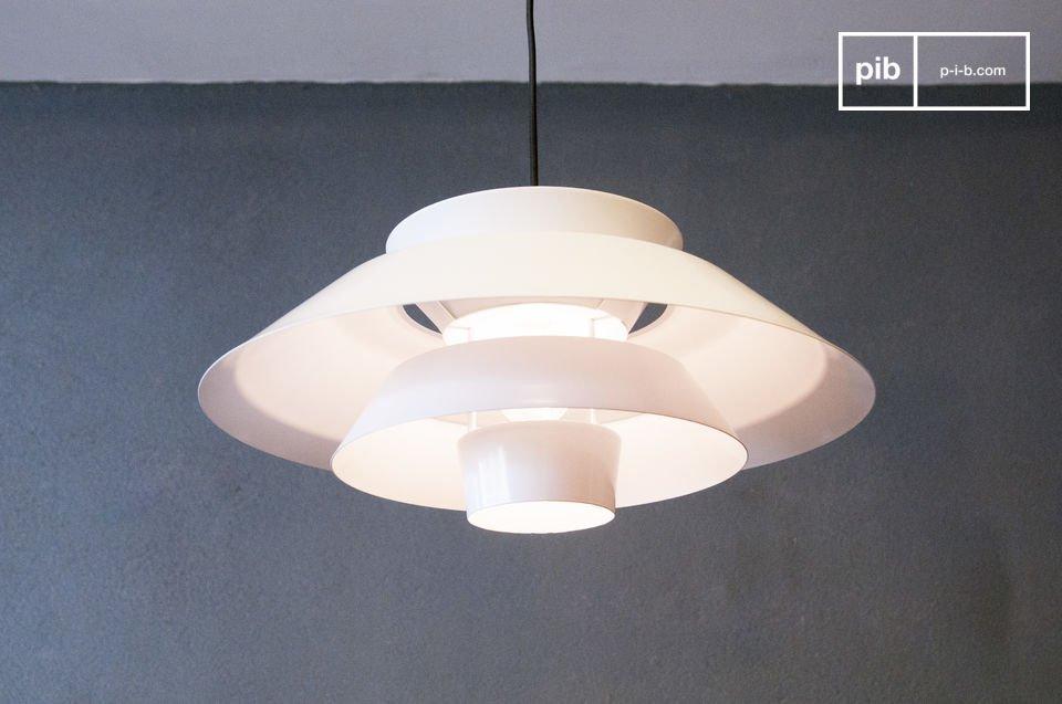 La lámpara colgante Trebäl es un artículo que le encantara por su diseño y la hermosa luz que le