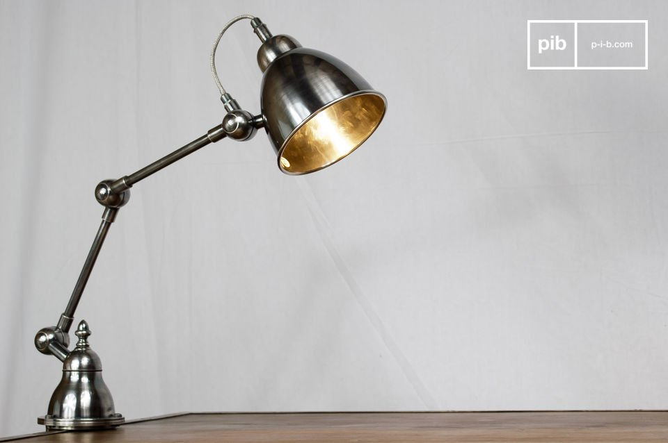 Lámpara de arquitecto orientable