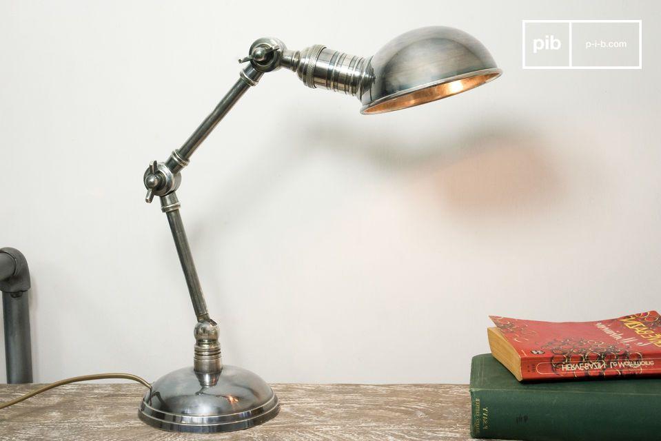 Lámpara ajustable con diseño vintage