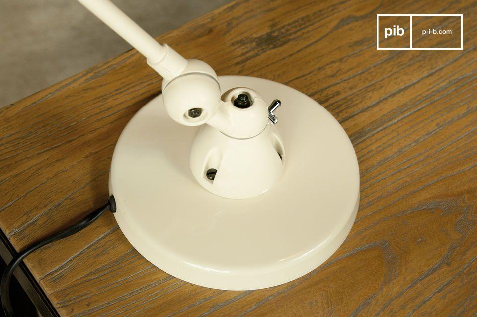 Esta lámpara de escritorio de la gama JIELDE le encantara