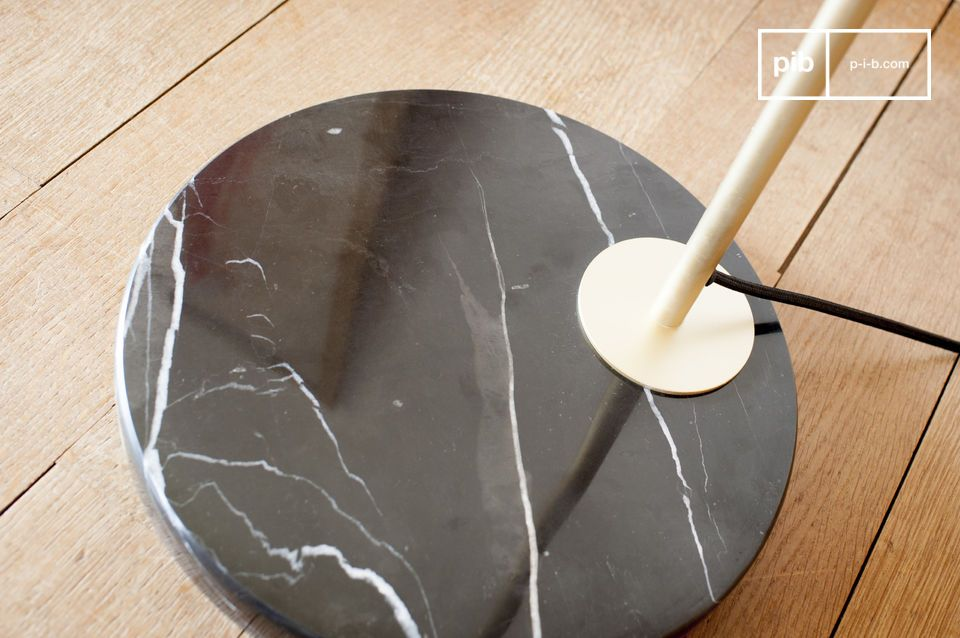 Explotación de los códigos minimalistas de la elegancia vintage