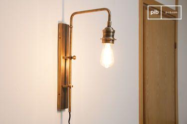 Lámpara de pared de latón Lerwick con base giratoria