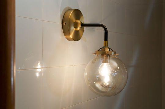 Lámpara de pared dorada Halsa
